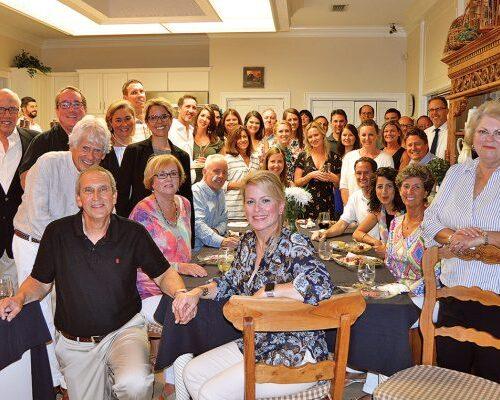 Evento conjunto de la Asociación de Comerciantes de San Marco y la Sociedad de Preservación de San Marco en Parra Harris Home